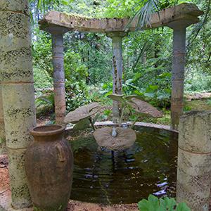 pond-ruins_300s